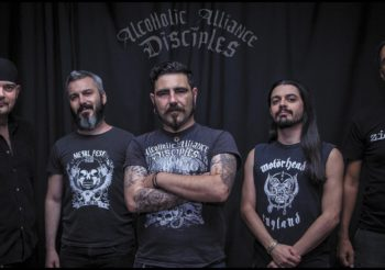 Il 23 Settembre gli ALCOHOLIC ALLIANCE DISCIPLES pubblicano via ALONE RECORDS l'album PRAYERS FOR SNAKES